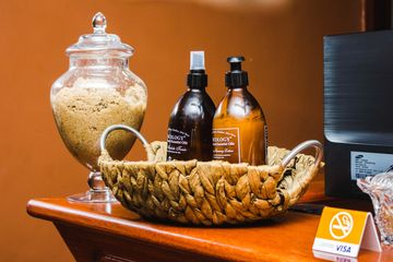 OUR AFRICOLOGY FACIAL