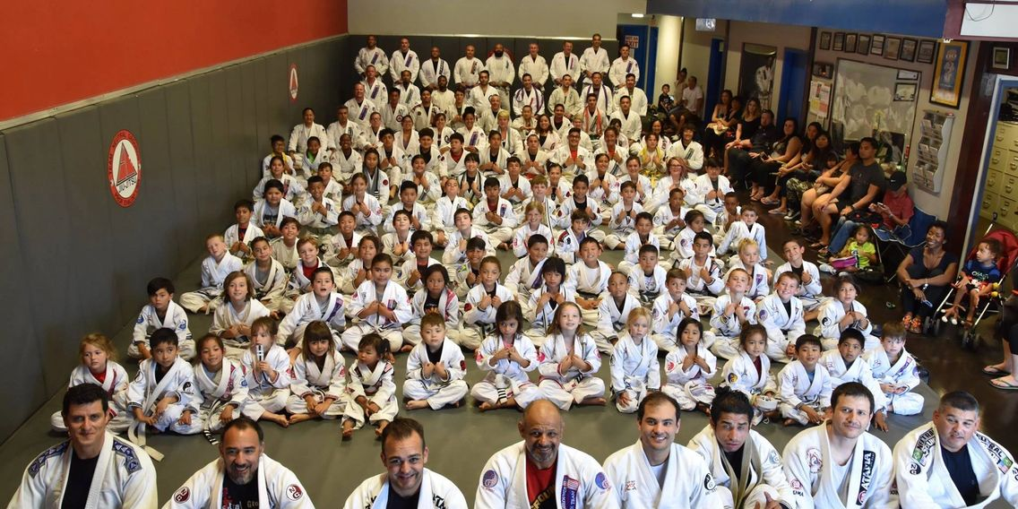 Martial arts / Self defense academy in Long Beach, Signal Hill area. Jiujitsu, Muay Thai, wrestling
