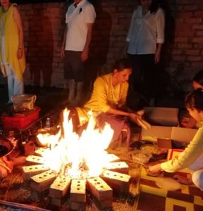 Pratyangiraa vedic homa fire ceremony clears negative karma issues