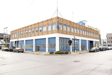 Historic Building in Downtown Kokomo! 29,658 Sq. Ft. Commercial Building. High traffic area. Growth