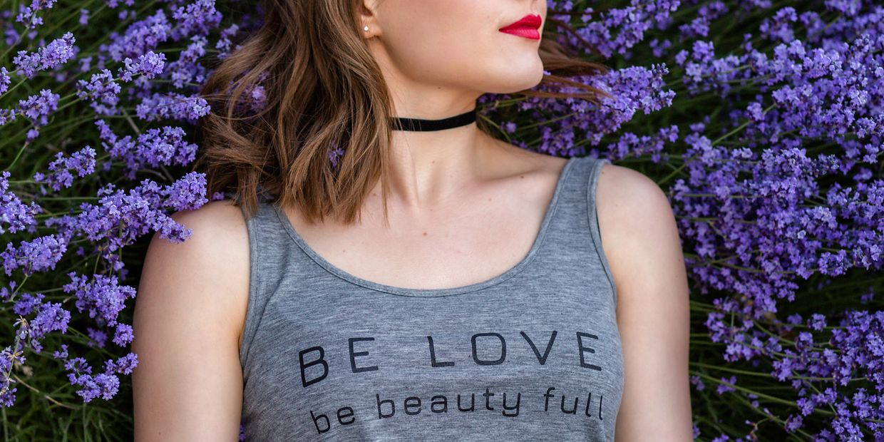fashion, graphic tee, graphic tshirt, Christian tshirt, love, beauty, style, lavender, photoshoot