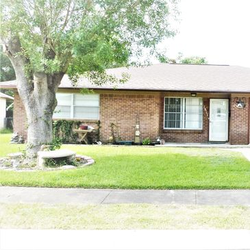Great central location close to the college Victoria TX