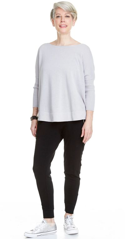 Curved Hem Pullover Sweater Spr/Sum Kelley Derrett Collection Women's Clothing [Shop Details]