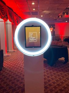 Circle Glow Photo Booth. Available to rent at Snap A Selfie Photo Booths. www.snapaselfiephotobooth.com