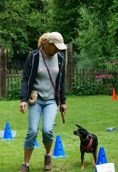 Nicole & Lola bei Rally Obedience
