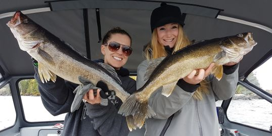 The best guided fishing trip for high numbers, nonstop action and huge walleye on Lac Seul Ontario.