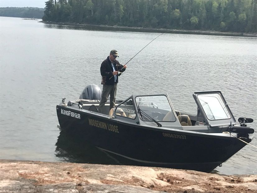 All inclusive guided fishing trips on Lac Seul, Ontario Canada with a Kingfisher Escape 2025.