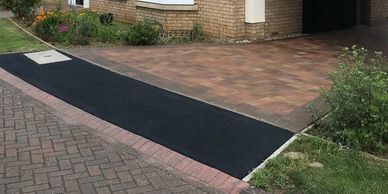 Driveway cleaning and Sealing by Oakley Restorations Bedford - Pressure Washing Services