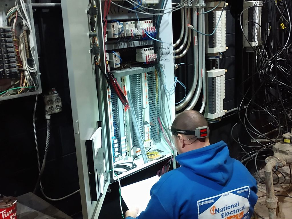 electricians in southgate, mi.