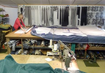 Awning and tent repairs. Caravan awning size alterations, modifications. zippers - zips and spares.