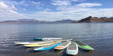 Enjoy a professional and comprehensive SUP lesson before your adventure to this desert island.