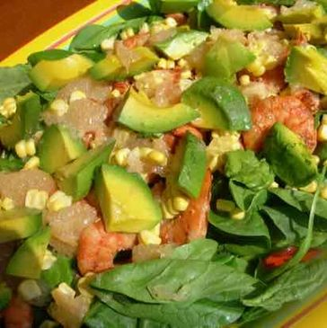 Spinach salad with avocado, pink grapefruit, corn and shrimp. Surprise, no one believes-no dressing!