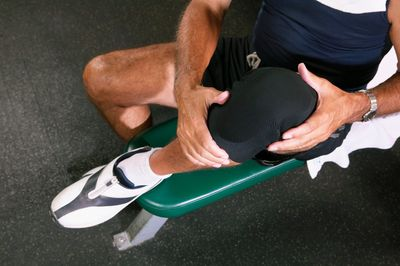 Knee pain physiotherapy in London from the Home Physios