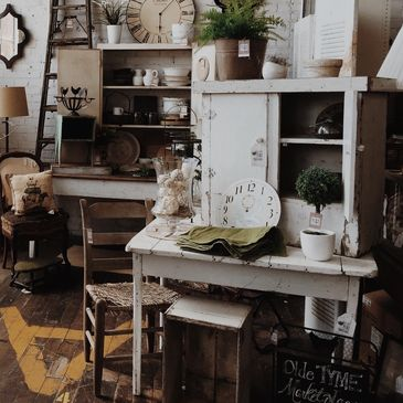 Upcycling shabby chic revamp chalk paint furniture
