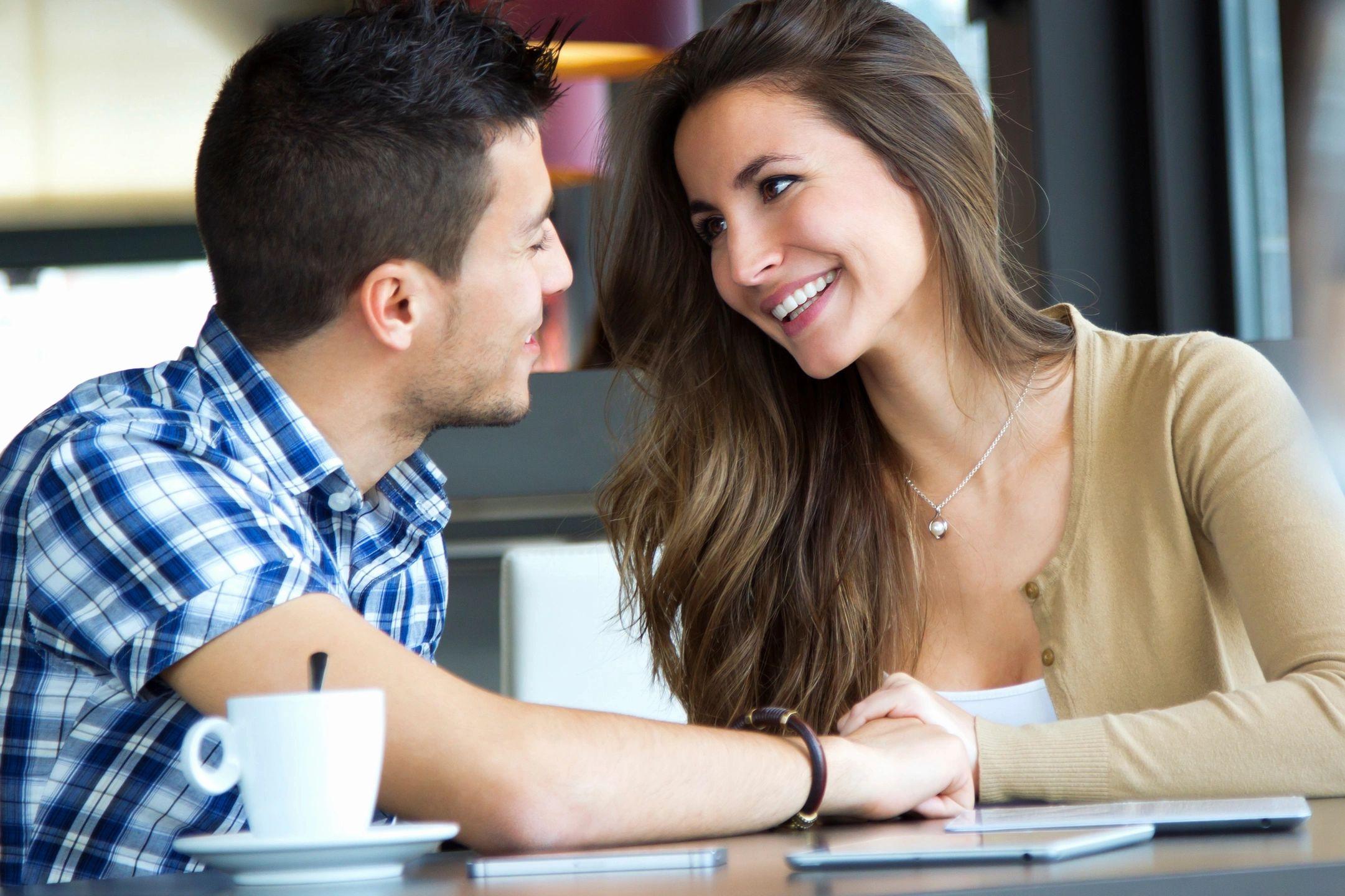 Intalniri online: cum sa flirtezi online - Blog matrimoniale