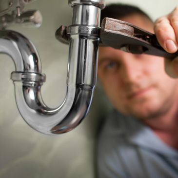 plumbing service man in atlanta, ga
