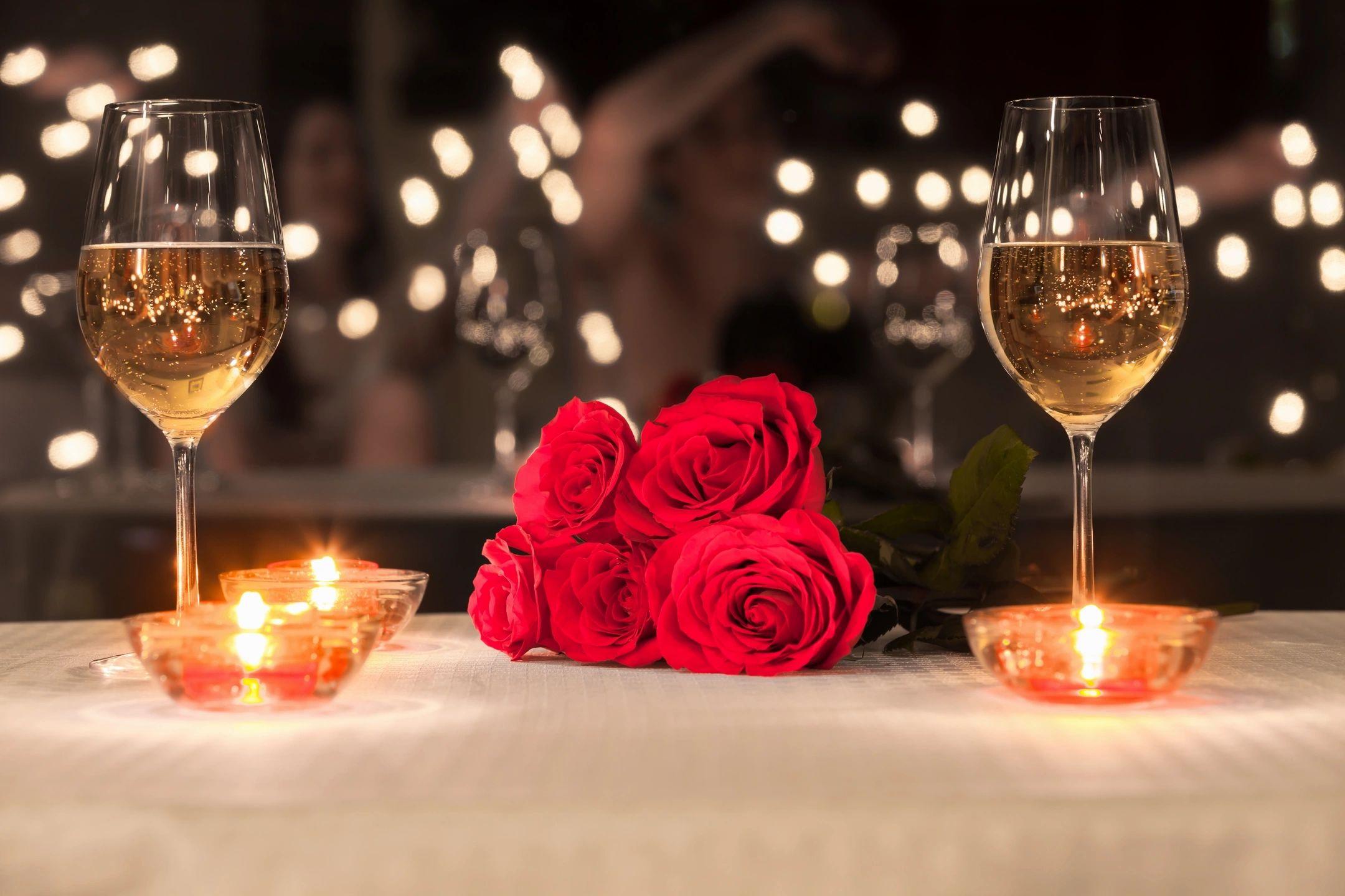 Поздравления мужчине, красивая открытка романтический вечер