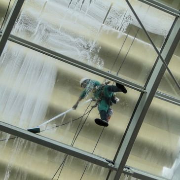 Professional window cleaning. High rise window cleaning