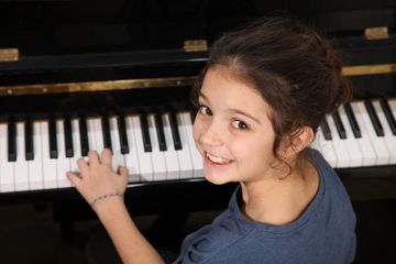Piano Lessons for Kids at the Las Vegas Piano School