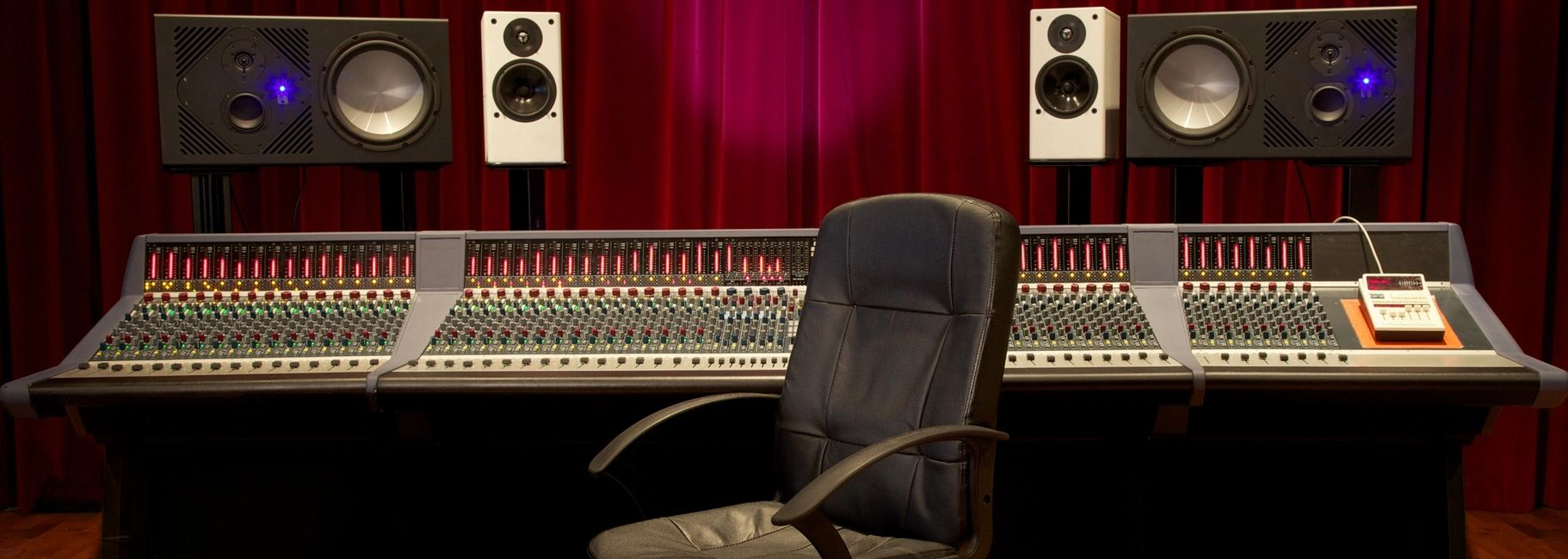 Voiceover recording services - Voiceover, Voice-Over, Voice Dubbing