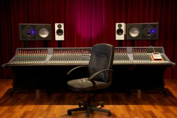 Best studio session at affordable prices with best producer Player Pree Milwaukee