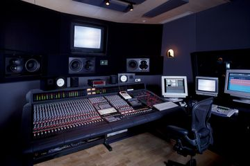 Music studio services affordable Player Pree