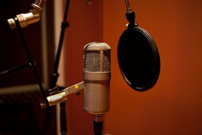 Use Banded Moon's studio for recording voiceovers or albums. We also do sound design for film/video.