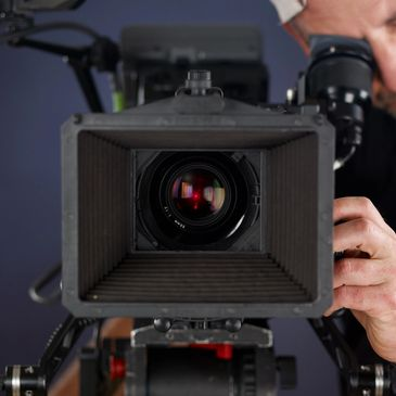 We help you build and scale your video production, and video marketing campaigns.