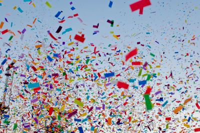 "<img src=""confetti.png"" alt=""brightly colored confetti falling from the blue sky"">"
