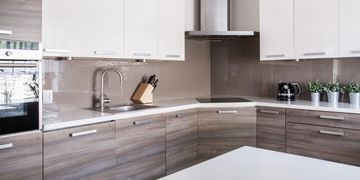 Modular Kitchen Design with kitchen furniture, cabinets with well space and beautiful design