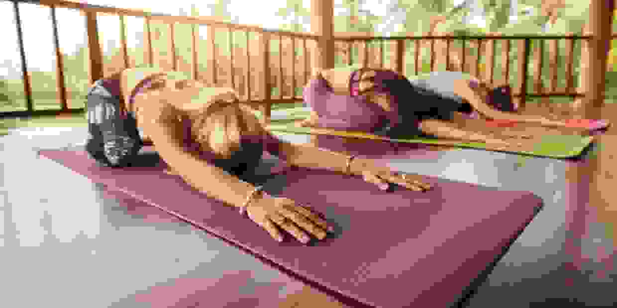 Beginners Integral LiveOnlineYoga Course. Contact us now