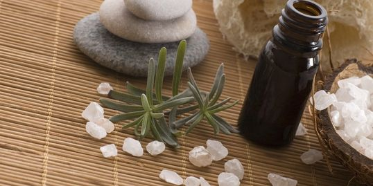 aromatherapy, hot stones, rosemary, salt, essential oil, detox, scrub