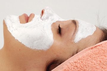 Facials, dermalogia, devita rx, skin care tucson, mask, masque, pore cleansing, relax, spa