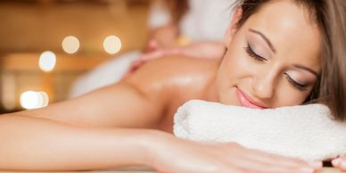 relaxing aromatherapy Swedish massage with aromatherapy oils.
