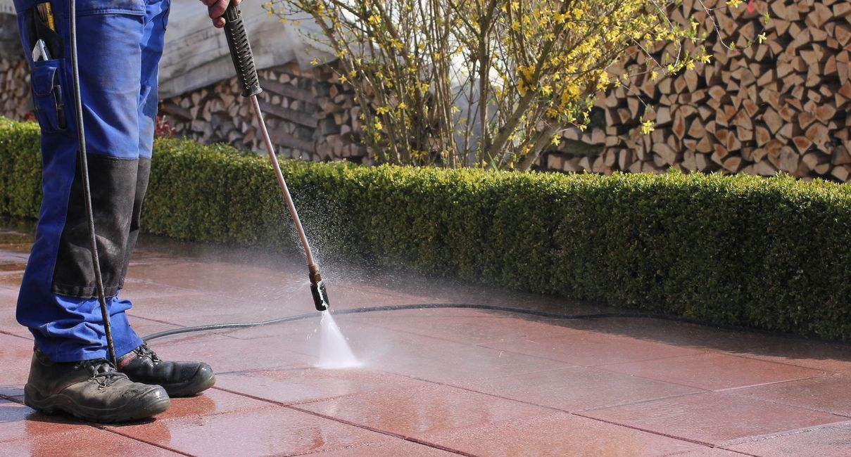 pressure wash san antonio texas fence ,deck pressure wash driveway sidewalk cleaning san Antonio tx.