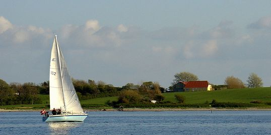 Easy and affordable sailing classes.