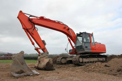 360 excavator earth moving