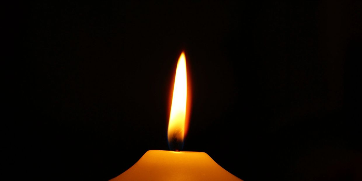 a candle burning... this little light of mine...