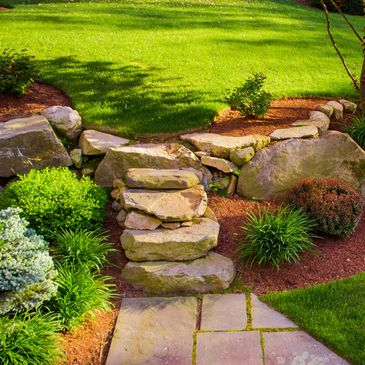 Lawn Care, fertilization, weed control, commerce, walled lake, waterford, Michigan. Top Lawn.