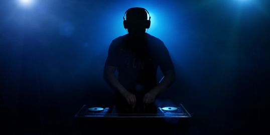 live Dj at a event