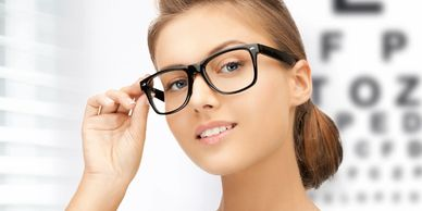 Book your next eye exam with STR8eyes Vision Care in Kingston