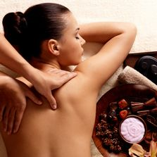 Thai massage is also called yoga massage, because the therapist uses his or her hands,thumds,knees,e