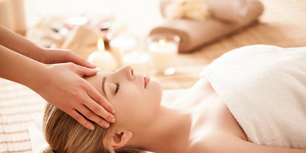 Beauty spa Treatments  Relaxation spoilt pamper treatment