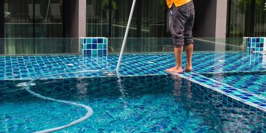 Pool Cleaning Service Process for pool cleaning, pool chemicals and pool repairs in Dallas