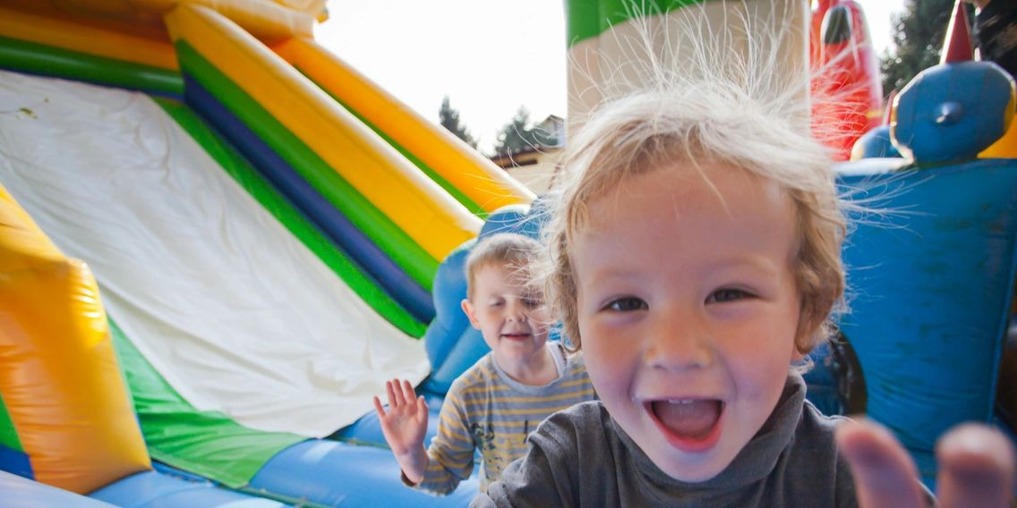 Nashville Bounce House rentals from www.bouncehouserentalsnashvilletn.com. Inflatable rentals.