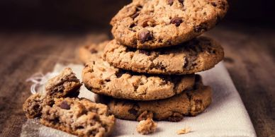 chewy, chocolate, chip, cookies, stacked, crumble, homemade, tasty, snack, dessert, delicious
