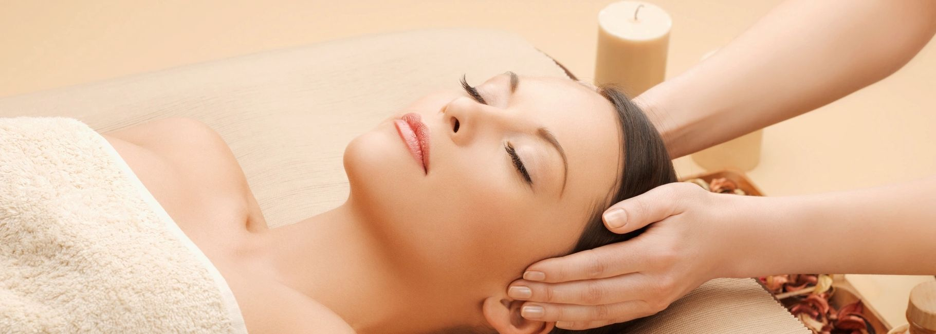 Facials with all natural products for skin problems and youthful skin.