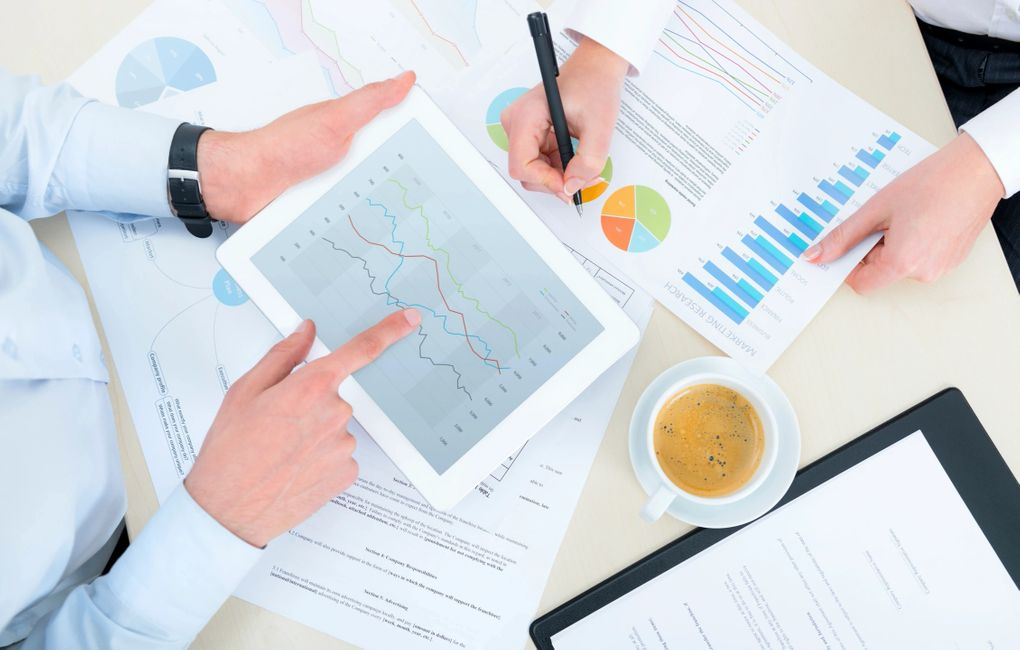 Analytics based business consulting services