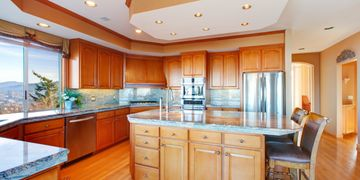Learn easy Do It Yourself solutions to common kitchen and bathroom home maintenance issues.