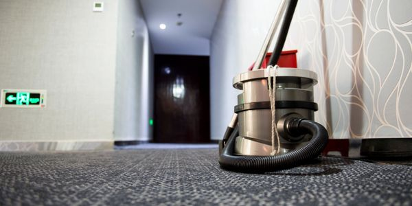 commercial carpet cleaning
